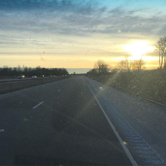 Pretty sunset on the open road. #roadtrippin #IChooseBeauty Day 814