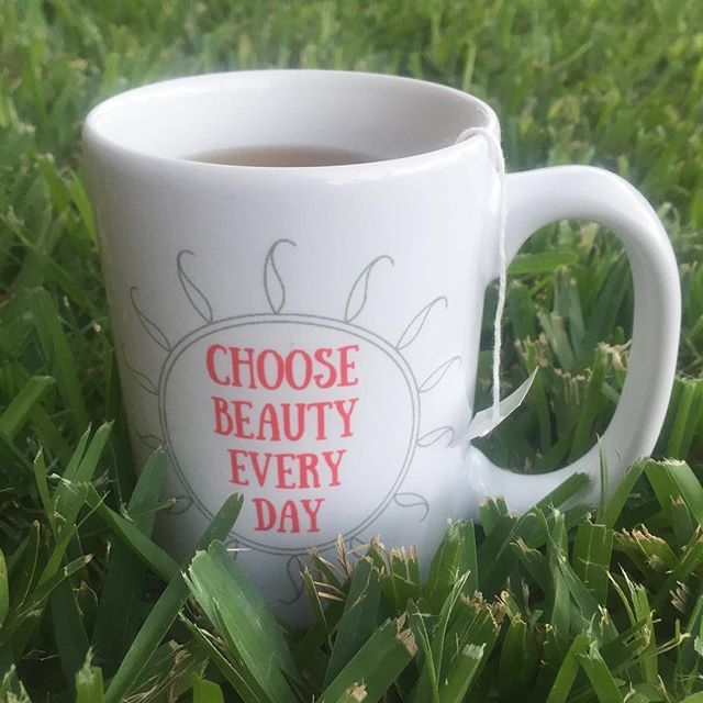 Choose Beauty Every Day. I promise if you really look for it, you'll find it - even on those tough days. I designed this mug to help you (and me) remember to look for the little things in life. 5% of net proceeds goes to @mentalhealthamerica Link to shop is in bio. #IChooseBeauty