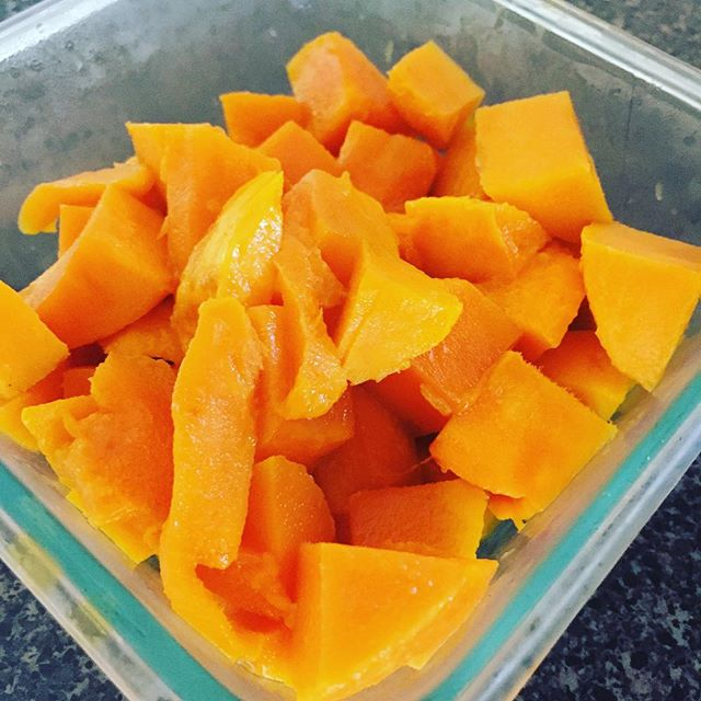 Mangoes! My food for today's #IChooseBeauty challenge. Because I'm obsessed! #IChooseBeauty Day 1273