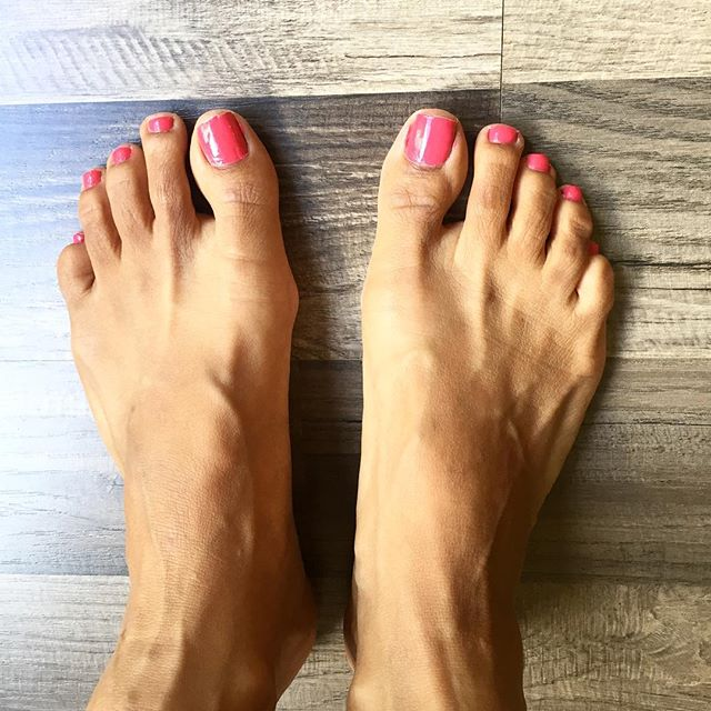 Freshly painted nails. Always relaxing and well... fresh. My self care for today's #IChooseBeauty Challenge. #IChooseBeauty Day 1277