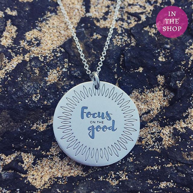 Things may not always be going well, but challenge yourself to find just one good thing a day. It will shift your attention, if even for a moment. Focus on the good..Custom engraved sterling pendant. Link to shop in bio. 5% of net proceeds goes to @mentalhealthamerica #IChooseBeauty