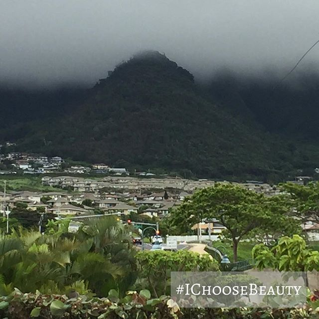 There's something so peaceful about these cloudy mountains. #IChooseBeauty Day 1637