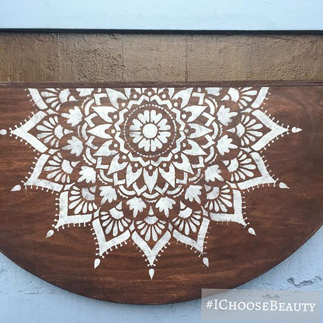 Mandalas are so peaceful and magical to me. #IChooseBeauty Day 1784
