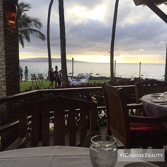 Our dinner view at @5palmsrestaurant ️️️ #ahhh #ichoosebeauty Day 1874