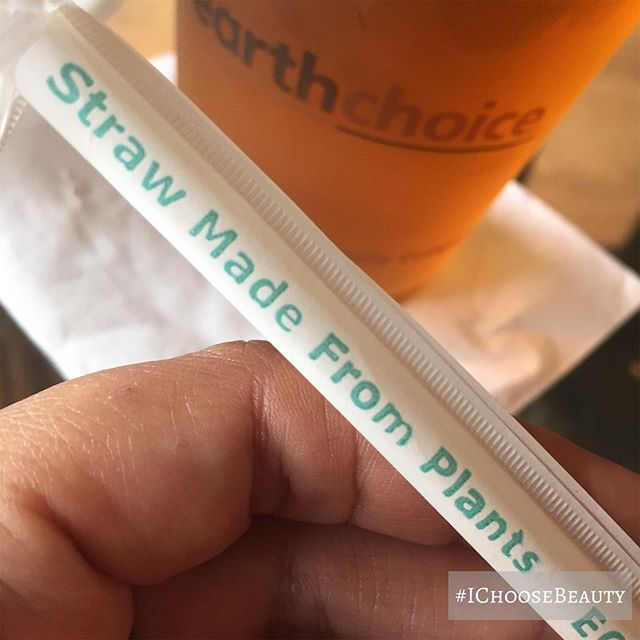 So happy to see sustainable products in more coffee shops! This plant-made straw is 100% compostable! Thanks for caring about our planet, @wailukucoffeecompany  #ichoosebeauty Day 2115