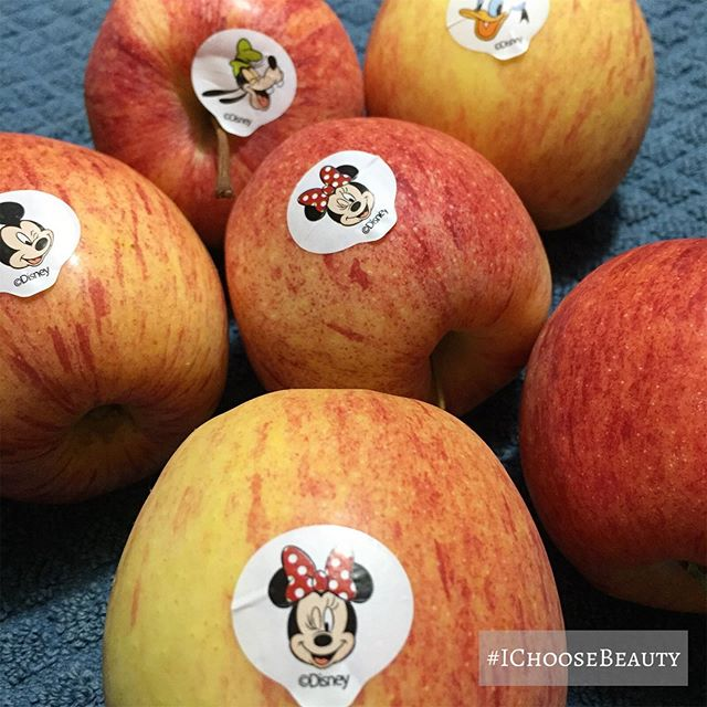 I mean... I know it's a marketing gimmick but these Disney apples are still pretty cute. Tasty, too. 🥰 #ichoosebeauty Day 2182