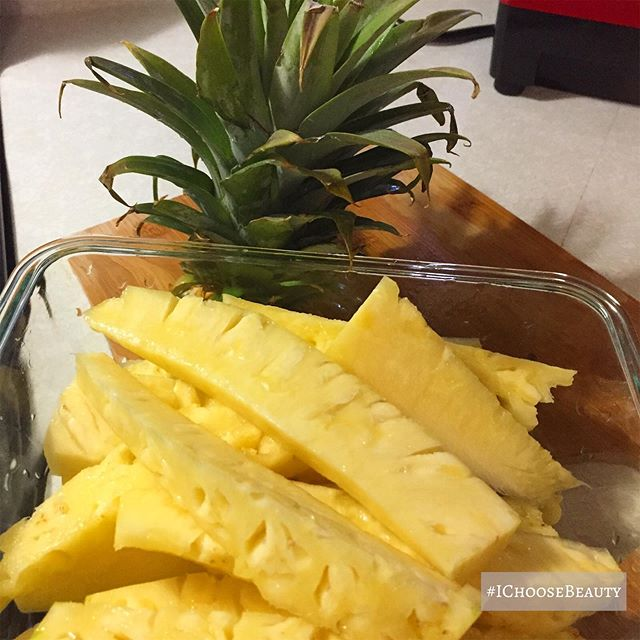 The best pineapple ever!  What beauty did you notice in your life today? #ichoosebeauty Day 2313